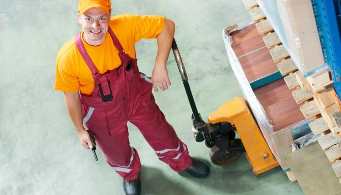 How to make the most of your pallet truck?