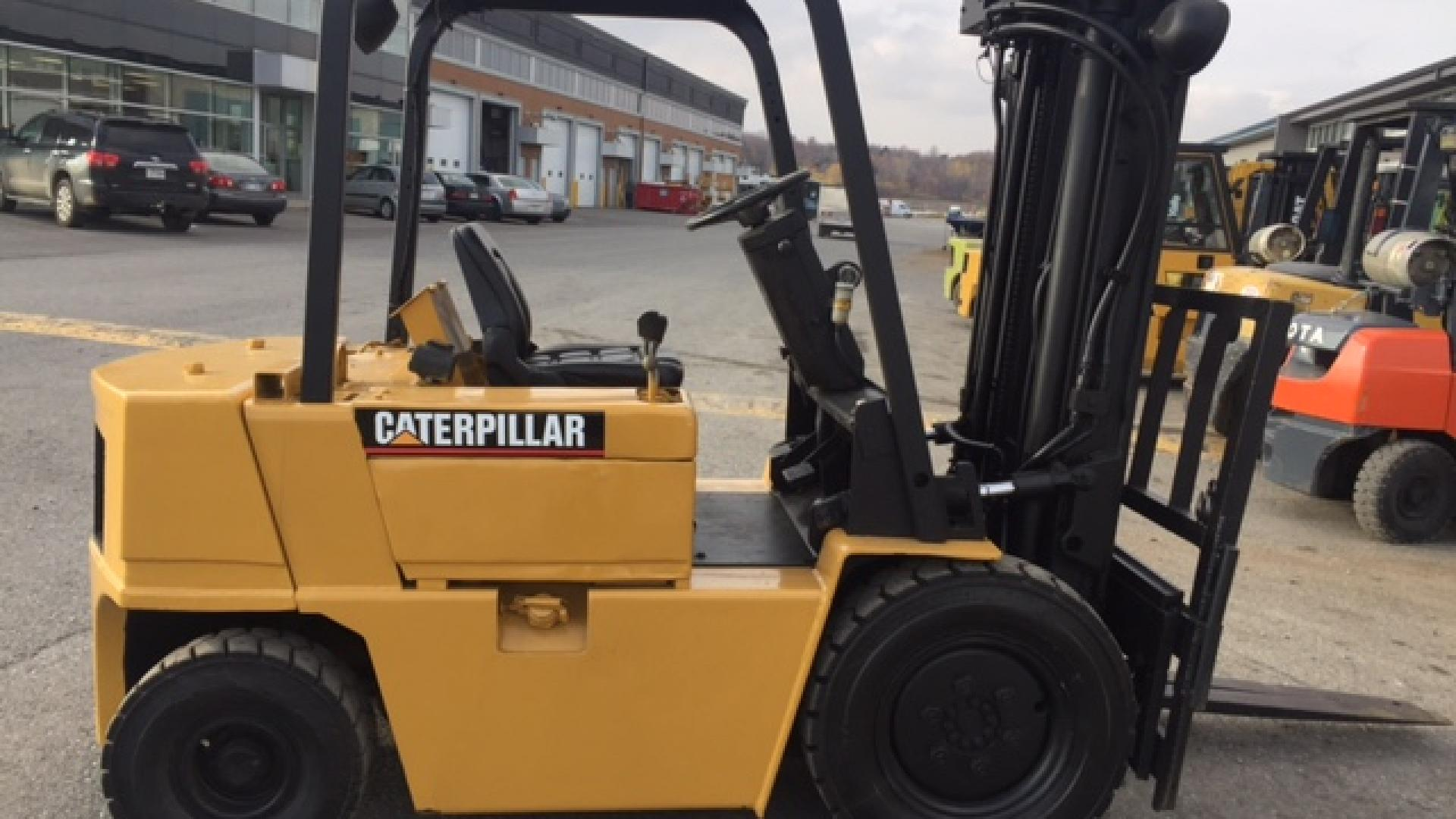 Pneumatic forklift for sale Caterpillar #8649 | A1 Machinery