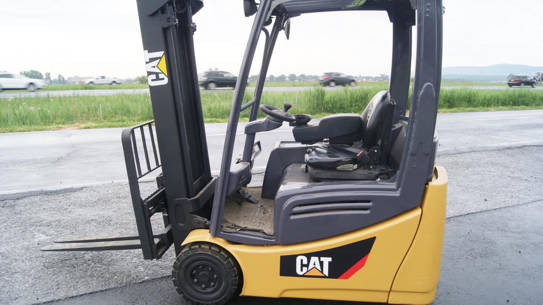 Caterpillar 2ET3500